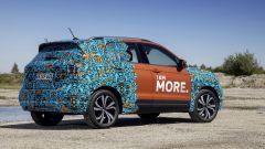 Volkswagen T-Cross 2018: teaser e foto spia del Suv - Immagine: 31