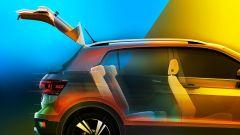 Volkswagen T-Cross 2018: teaser e foto spia del Suv - Immagine: 9