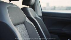 Volkswagen T-Cross: nuovi dettagli di interni e esterni - Immagine: 12