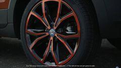 Volkswagen T-Cross: nuovi dettagli di interni e esterni - Immagine: 7