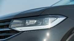Volkswagen T-Cross: dettaglio fanaleria anteriore