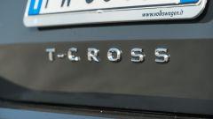 Volkswagen T-Cross: dettaglio logo T-Cross