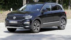 Volkswagen T-Cross: le foto-spy senza veli