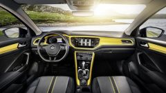 Volkswagen T-Roc: a tu per tu col nuovo SUV di Wolfsburg - Immagine: 8