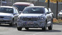 Volkswagen T-Roc Cabrio, appuntamento al 2020. Prime foto spia - Immagine: 7