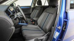 Volkswagen T-Roc: i sedili anteriori in tessuto