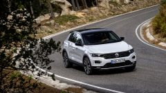 Volkswagen T-Roc: il listino prezzi parte da 22.850 euro