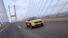 Volkswagen T-Roc: la prova del primo SUV compatto di VW - Immagine: 17