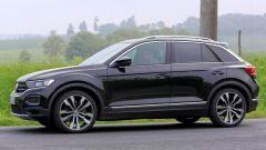 Volkswagen T-Roc R, in rampa la versione high performance - Immagine: 6