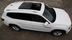 Volkswagen Teramont, le foto spia del suv a 7 posti di Wolfsburg - Immagine: 3