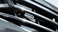 Volkswagen Tiguan 1.5 TSI R-Line: badge R-Line sulla mascherina