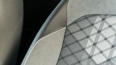 Volkswagen Tiguan 1.5 TSI R-Line: dettaglio dei sedili