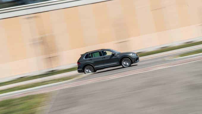 Volkswagen Tiguan 1.5 TSI R-Line: lasciando Milano direzione Appennini