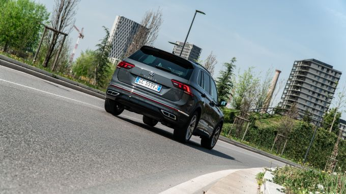 Volkswagen Tiguan 1.5 TSI R-Line: un SUV dall'animo brillante