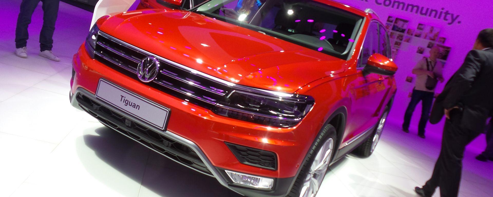 Volkswagen Tiguan 2016: foto LIVE e info