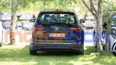 Volkswagen Tiguan 2021: visuale posteriore
