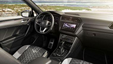 Volkswagen Tiguan Allspace 2021: gli interni