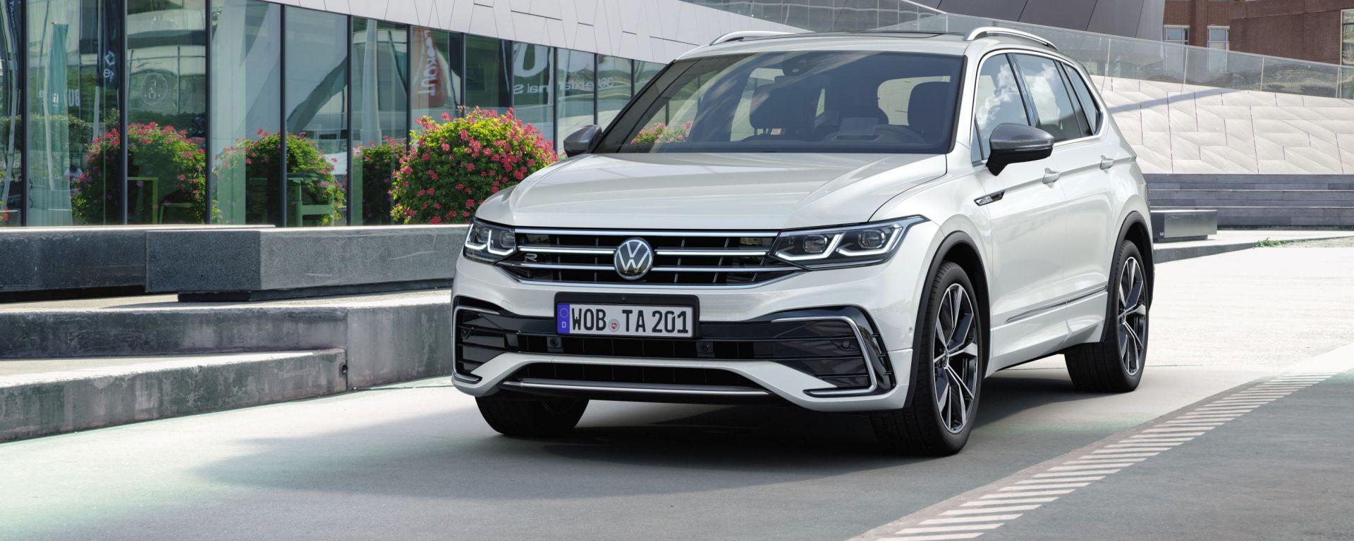 Volkswagen Tiguan Allspace 2021: il facelift della versione a passo lungo