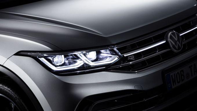 Volkswagen Tiguan Allspace 2021: il nuovo profilo luminoso