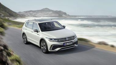 Volkswagen Tiguan Allspace 2021: visuale di 3/4 anteriore