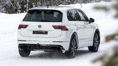 Volkswagen Tiguan R 2020: i quattro scarichi posteriori