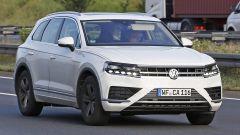 Volkswagen Touareg 2018: i primi prototipi in su strada