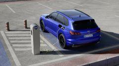 Volkswagen Touareg R: la più potente è ibrida plug-in. Video - Immagine: 1