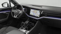 Nuova Touareg: ecco il SUV hi-tech di Volkswagen - Immagine: 28