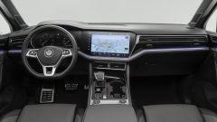 Nuova Touareg: ecco il SUV hi-tech di Volkswagen - Immagine: 29