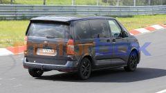 Volkswagen Transporter T7, prenderà il posto di Touran e Sharan?