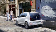 Volkswagen up! Debutta il pacchetto estetico R-Line  - Immagine: 2