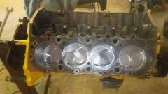 Volvo 960 Turbo Dart Racing: i pistoni per la testata a due valvole per cilindro
