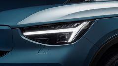 Volvo C40 Recharge: i gruppi ottici anteriori