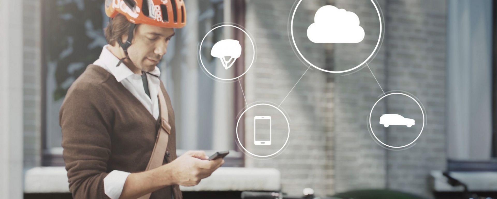 Volvo salva i ciclisti col Cloud