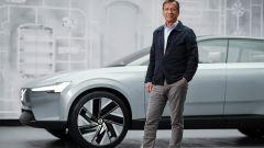 Volvo Concept Recharge e il CEO Volvo Hakan Samuellson