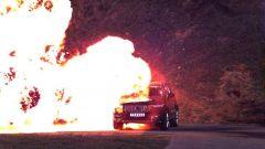 Volvo presenta XC90 blindata. Impressionanti foto dei test