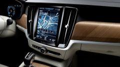 Volvo S90: il sistema di infotainment integra Apple CarPlay e Android Auto