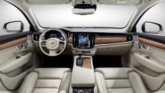 Volvo S90: la plancia
