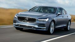 Volvo S90: le luci anteriori sono a led
