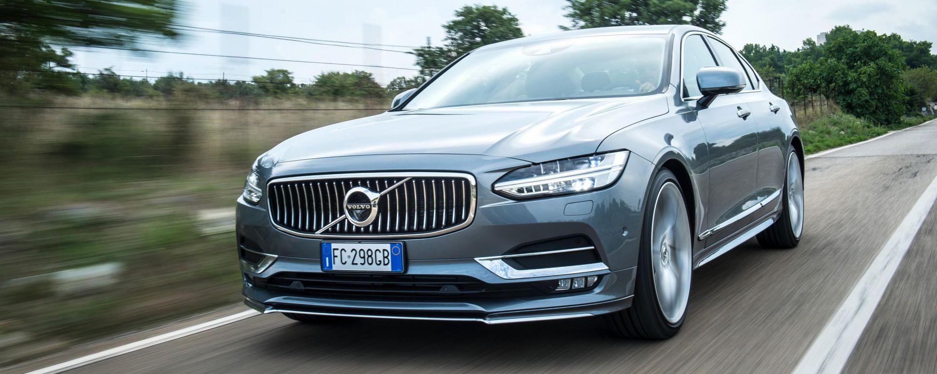 Volvo S90: prova, dotazioni, prezzi