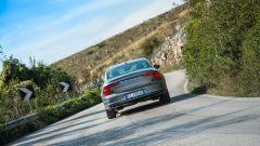 Volvo S90: vista posteriore