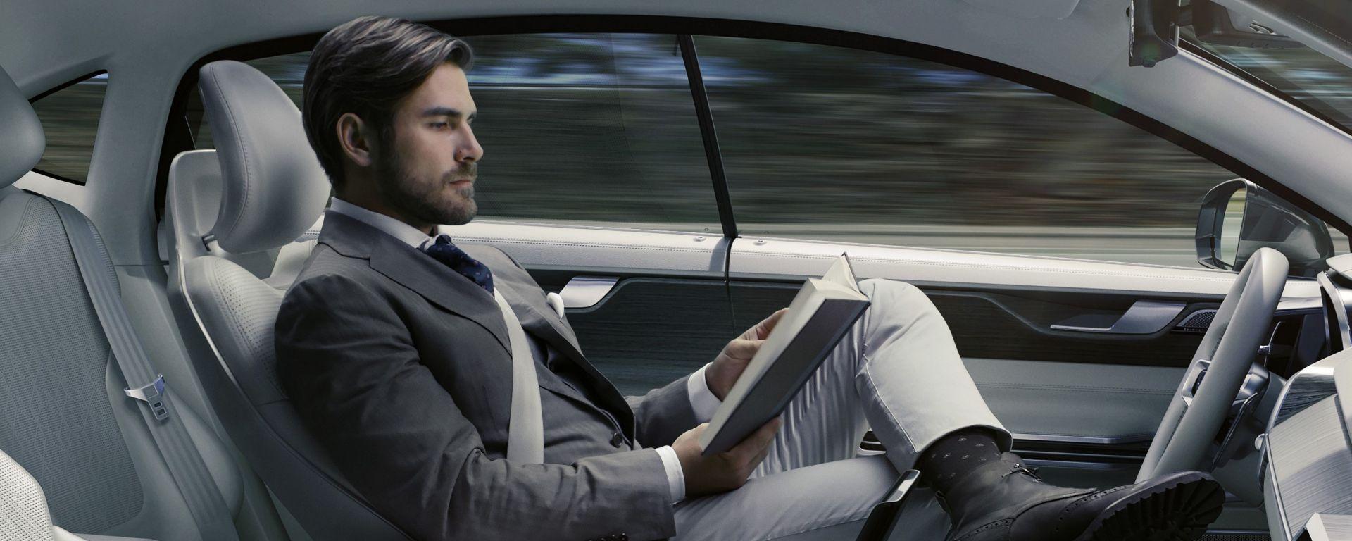 Volvo: con Ericsson e Microsoft per le auto del futuro