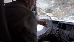 "Volvo Trucks FMX: ""The Hamster Stunt"" - Immagine: 8"