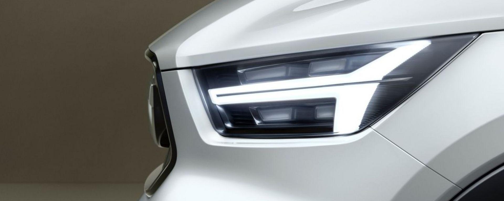 Volvo V40 concept faro