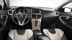 Volvo V40 Cross Country - Immagine: 15