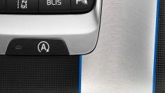 Volvo V40 R-Design - Immagine: 3