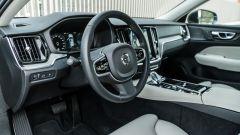 Volvo V60 2019: il posto di guida