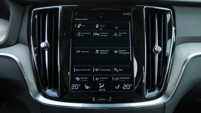 Volvo V60 2019: lo schermo con interfaccia Sense dell'infotainment