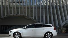Volvo V60 Plug-in Hybrid - Immagine: 18