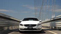 Volvo V60 Plug-in Hybrid - Immagine: 15